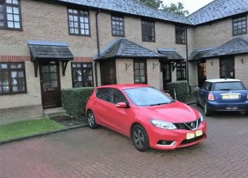 Thumbnail 2 bed flat to rent in Westfield Park Drive, Woodford Green