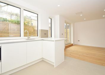 Thumbnail 4 bedroom maisonette for sale in The Linkings, Hackney