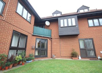 Thumbnail 1 bed maisonette to rent in Bayliss Court, Guildford