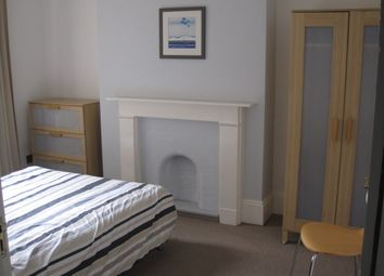 Thumbnail 6 bed shared accommodation to rent in Hamilton Park, London