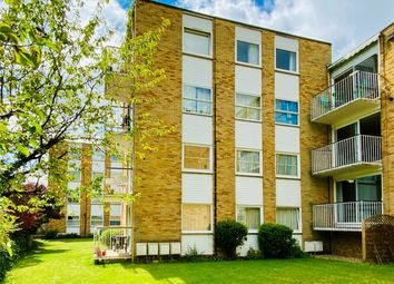 Ancastle Green, Henley-On-Thames RG9. 2 bed flat