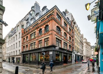 Office to let in London W1F