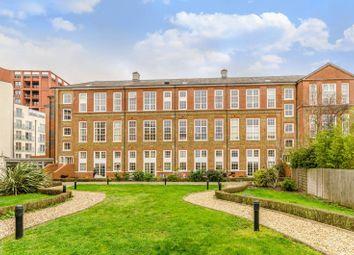 3 bed flat for sale in Enfield Road, Islington, London N15En N1