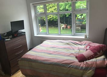 Thumbnail Room to rent in Wycherley Crescent, London