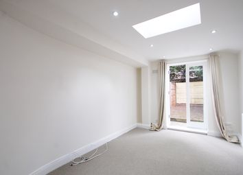 Thumbnail 1 bed flat to rent in Kimberley Road, Peckham