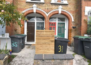 Southey Road, London N15. 2 bed flat