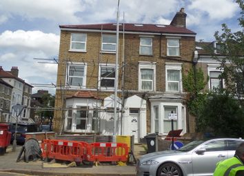 Thumbnail 2 bed flat to rent in Langthorne Road, London