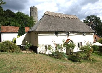 Thumbnail 2 bed cottage to rent in Intwood, Norwich