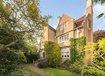 Moreton House, Holly Walk, Hampstead, London NW3. 2 bed flat