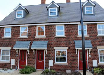 Thumbnail 3 bed town house to rent in Avocet Road, Wixams, Bedford
