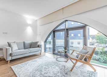 Thumbnail 2 bed flat to rent in 368 High Street, London