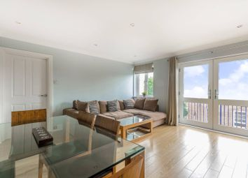 Thumbnail 1 bedroom flat to rent in Peninsula Court, Canary Wharf