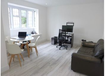 Lichfield Grove, Finchley Central N3. 2 bed flat