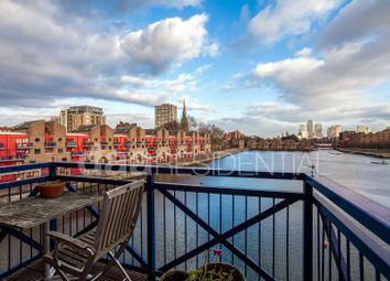 Thumbnail 3 bed flat for sale in Maynards Quay, Wapping