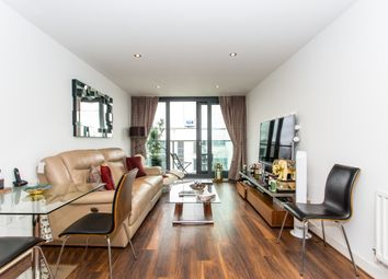 Thumbnail 1 bed flat for sale in Neutron Tower, Blackwall Way, Canary Wharf