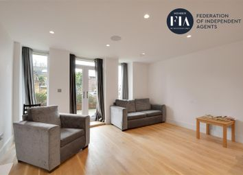 1 bed flat to rent in Walpole Court, Ealing Green, Ealing W5