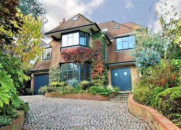 Thumbnail 6 bed detached house for sale in Oakleigh Avenue, Oakleigh Park, London