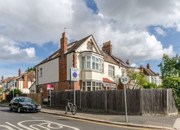 2 bed flat to rent in Cambridge Road, West Wimbledon, London SW20