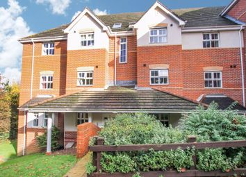 2 bed flat for sale in Little Fox Drive, Park Gate, Southampton SO31
