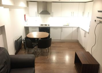 2 bed maisonette to rent in Hornsey Road, Islington, Holloway, Finsbury Park N7