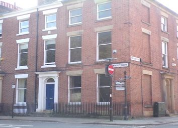 2 bed flat to rent in 19 Winckley Square, Preston PR1