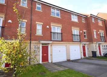 Thumbnail 3 bed town house to rent in Grosvenor Drive, Littleover, Derby