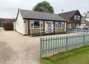 Thumbnail 4 bed detached bungalow for sale in Hawthorn Road, Reepham, Lincoln