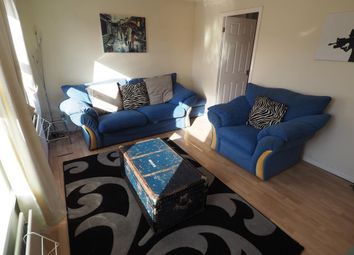 2 bed flat to rent in Plimsoll Way, Victoria Dock, Hull HU9