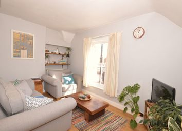 Thumbnail 2 bed flat to rent in High Street, Haslemere