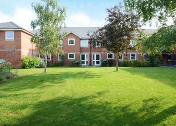 Thumbnail 2 bedroom flat for sale in Manor Road North, Hinchley Wood, Esher
