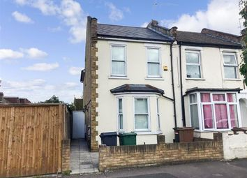 Roberts Road, Walthamstow, London E17. 1 bed flat