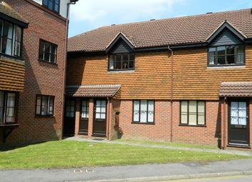 Thumbnail 1 bed flat to rent in Fishers Court, Horsham