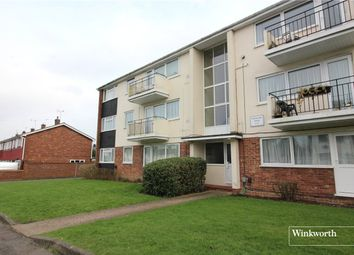 Thumbnail 3 bed flat to rent in Stratfield Road, Borehamwood, Hertfordshire