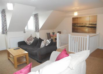 Thumbnail 2 bedroom flat for sale in Heath Road, Coxheath, Maidstone, Kent