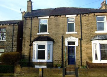 Thumbnail 3 bed town house to rent in Church Street, Ossett