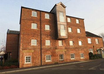 Thumbnail 2 bed flat to rent in 43 Wherrys Lane, Bourne, Lincolnshire