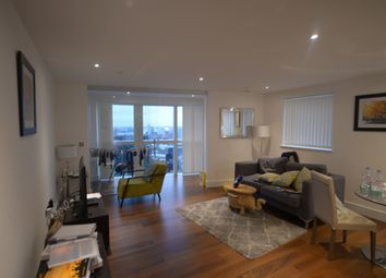 Thumbnail 2 bed flat to rent in 6 Lincoln Plaza, London
