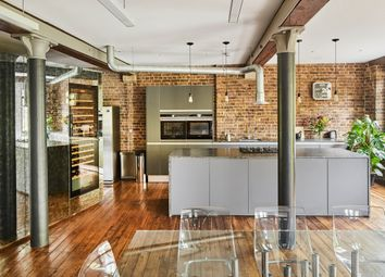 Oliver's Wharf, Wapping High Street, London E1W. 2 bed flat for sale