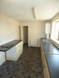 Thumbnail 3 bedroom flat to rent in Shields Road, Walkergate, Newcastle Upon Tyne.
