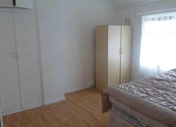 Thumbnail Room to rent in Lincombe Road, Bromley