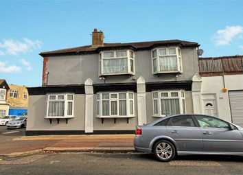 Thumbnail 2 bed flat for sale in Westborough Road, Westcliff-On-Sea, Essex