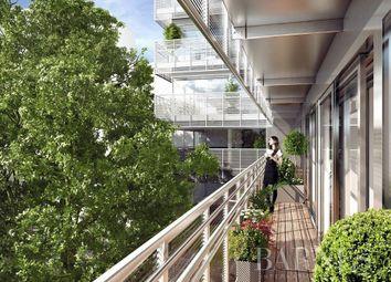Thumbnail Apartment for sale in Paris 14th (Montparnasse), 75014, France