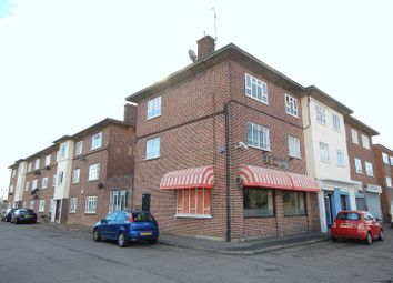 Thumbnail 3 bed flat to rent in Station Road, West Horndon, Brentwood