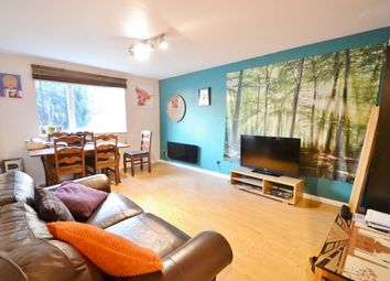 Thumbnail 2 bed flat to rent in Shurland Avenue, East Barnet
