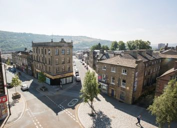 Thumbnail Studio to rent in Wards End, Halifax