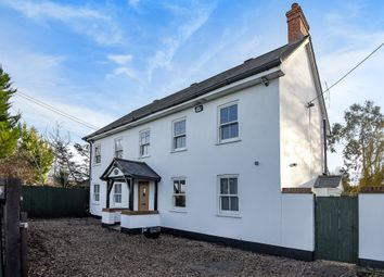 Thumbnail 5 bed cottage to rent in Drift Road, Maidenhead