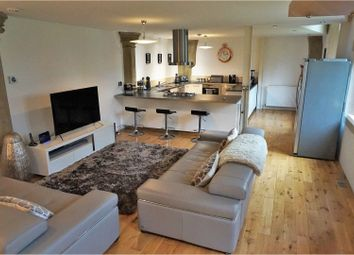 Thumbnail 3 bedroom flat to rent in Huddersfield Road, Bradford