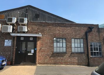 Thumbnail Warehouse to let in Raynham Road, Bishop's Stortford