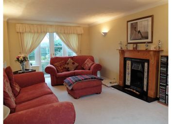Thumbnail 4 bed detached house for sale in Henley Close, Crawley