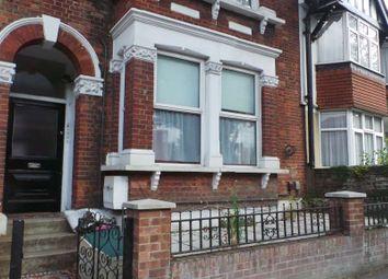 Thumbnail Studio to rent in Horn Lane, London
